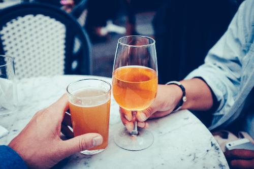 Natuurlijke middelen tegen snurken: alcohol minderen