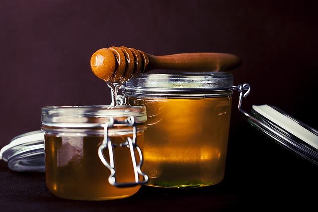 Natuurlijke middelen tegen snurken: honing