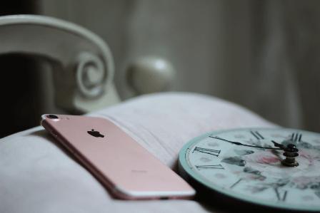 Slaapproblemen door mobiele telefoon